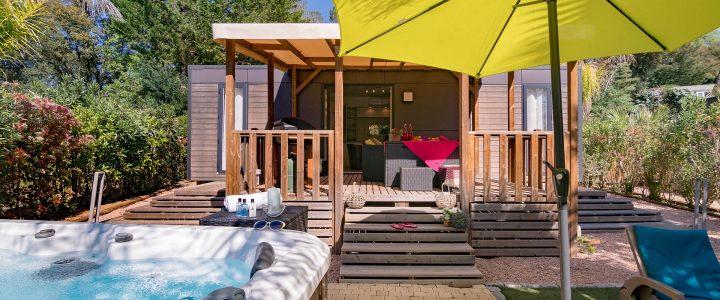 Top 3 des campings proposant des mobil-homes avec jacuzzi privatif